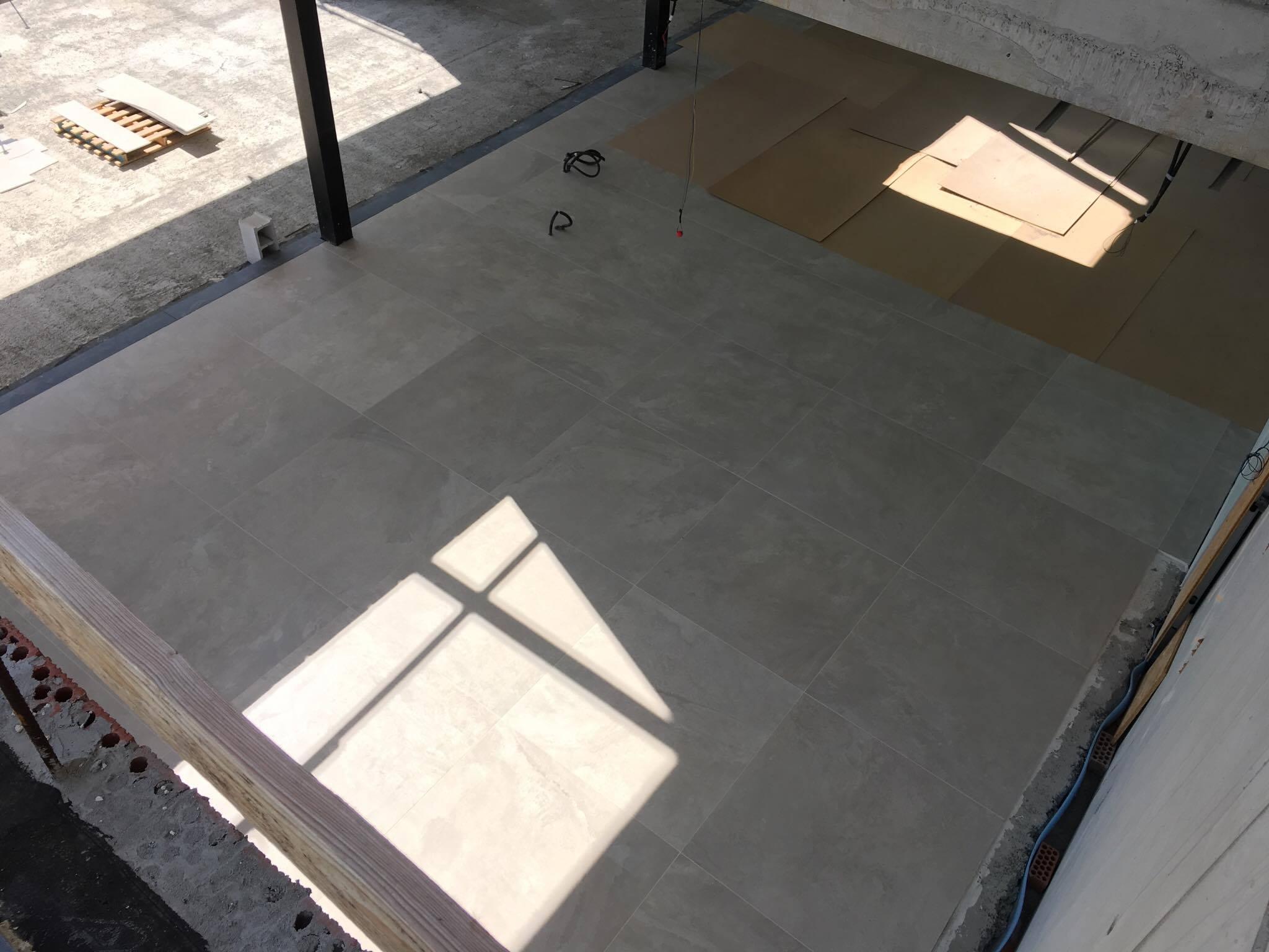 Vloeren van 120x120 Benahavis