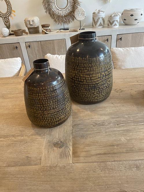 Small Terracotta black jar