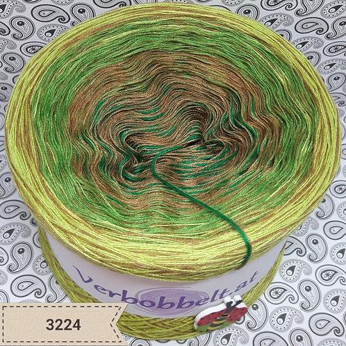 Bobbel   Farbverlaufsgarn mit Beilaufgarn   grün   Brazil   Blattgrün