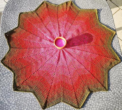 Sternförmige Tischdecke mit Farbverlauf
