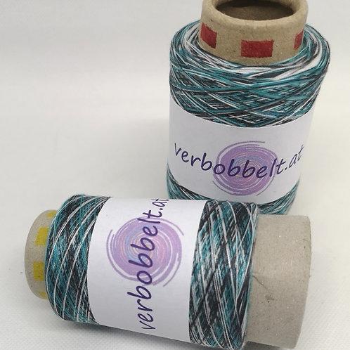 Beilauffaden für Bobbel zum häkeln und stricken-Regenbogengarn-Rainbow Yarn-auf kleinen Konen-