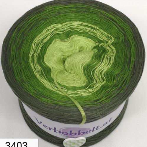 Farbverlaufsgarn Bobbel mit drei grünen Farbtönen