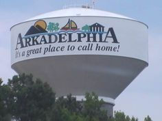 Arkadelphia Water Tower.jpg