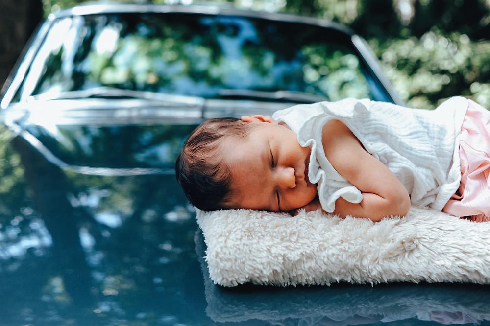 jacksonville lifestyle newborn photography