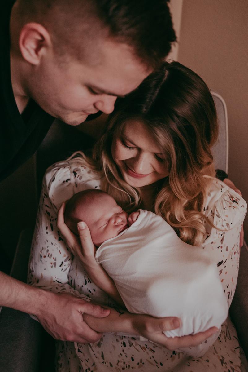 lifestyle newborn photographers in jacksonville fl
