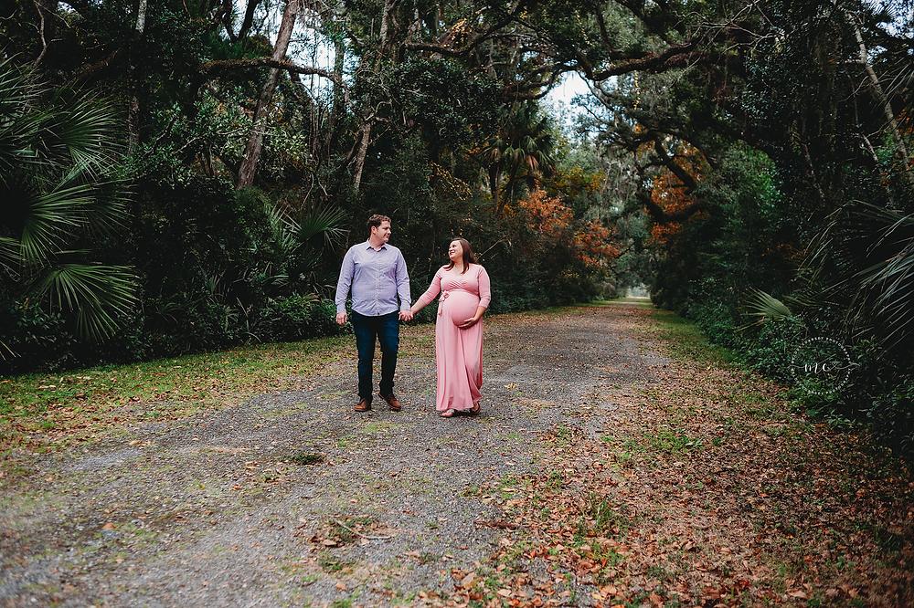 best maternity photographers near me