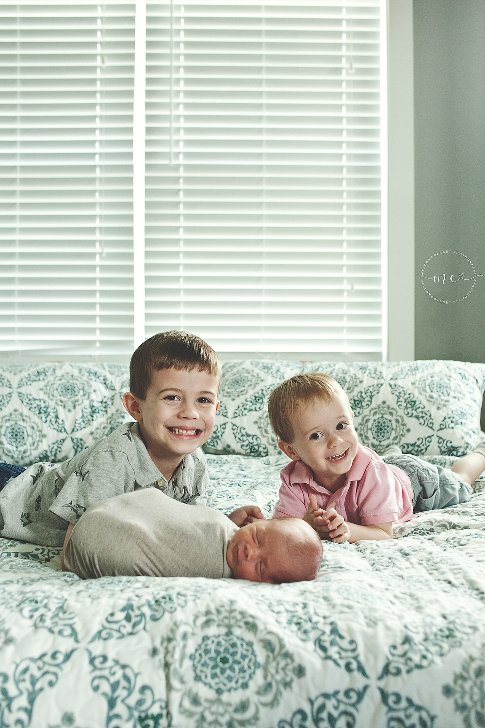 in home newborn photographer near me