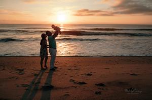 sunrise beach family photography
