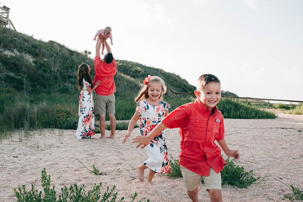 beach family photographer in jacksonville fl