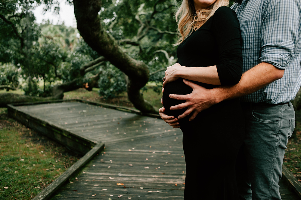 travel maternity portrait photographer