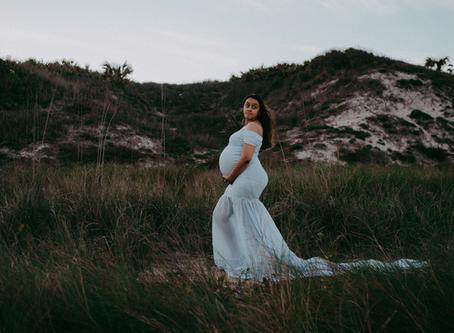 Maternity Photography | Jacksonville FL Maternity Photographer | Maternity Monday
