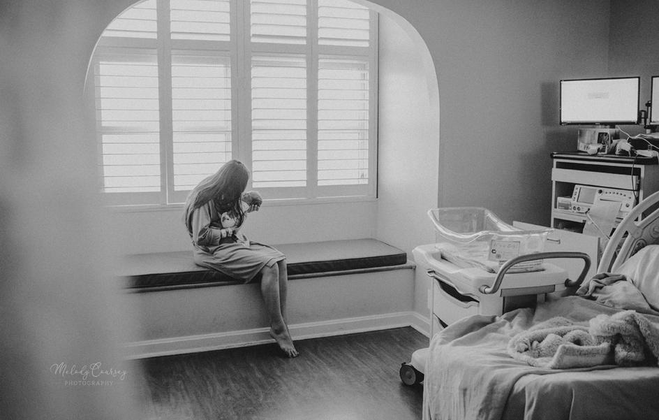 in hospital newborn portraits