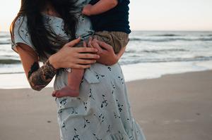 beach maternity photos jacksonville