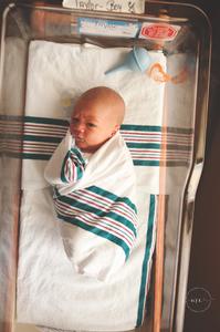 In Hospital Newborn Photographers