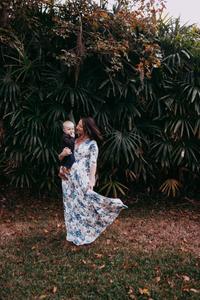 photos of motherhood near me