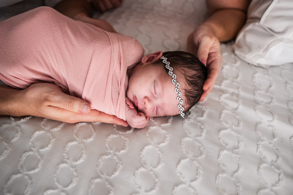 lifestyle newborn photographers near me