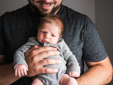 5 Tips to help you choose your Newborn Photographer