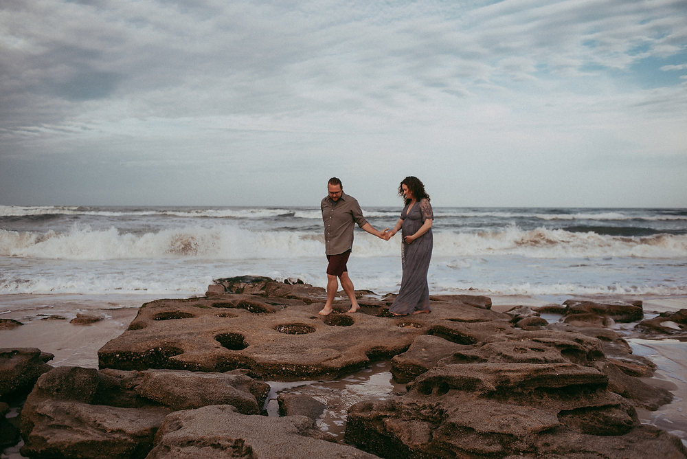 crescent beach maternity shoot