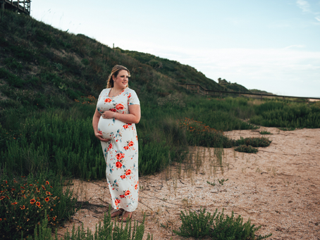Waiting Wednesday | Maternity Photography | Jacksonville Maternity Photographer