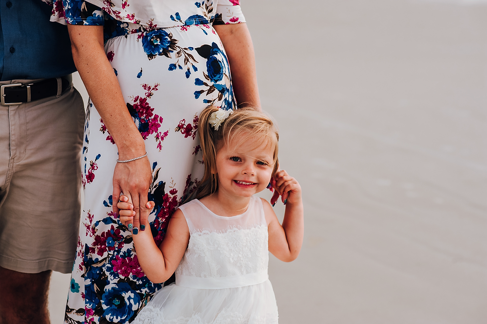 maternity photographer in crescent beach fl