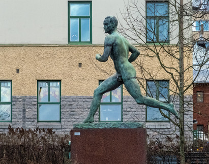 Paavo Nurmi -patsas, Turku