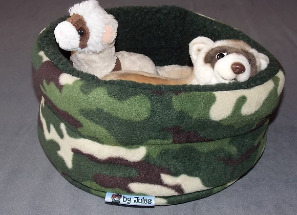 Padded Snuggly Bed, Forest Camo.