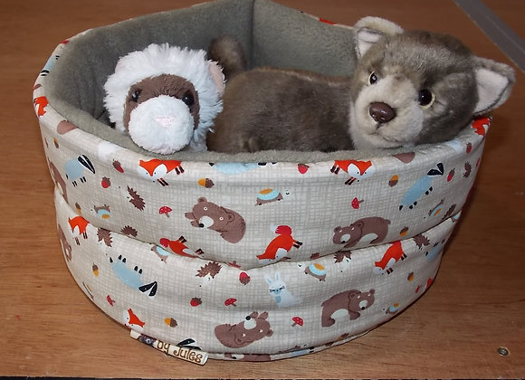 Padded Snuggly Bed, Woodland Creatures.