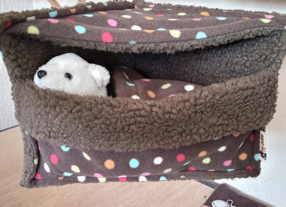 Corner Cosy Cube + Blanket, Sepia Polka.