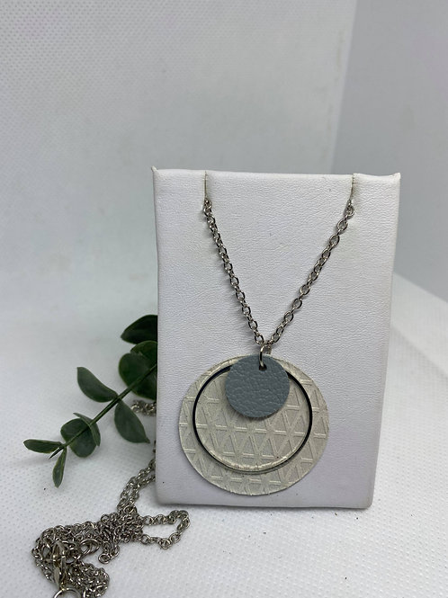 Cream Textured & Dusty Blue Genuine Leather Triple Circle Necklace