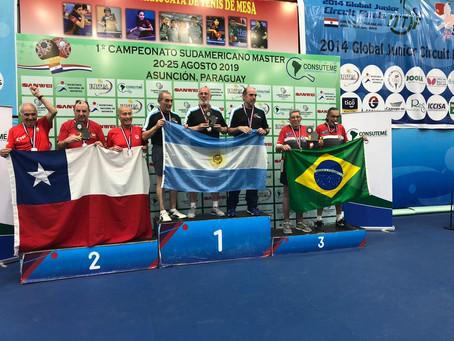 João Irigoyen, da Sogipa, representou o Brasil e conquista duas medalhas no Sul-Americano Master