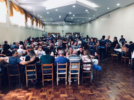 Equipe da Tinoco Esportes realiza almoço beneficente