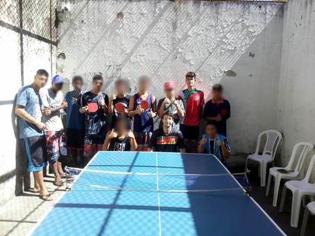 FTMRS promove oficina de tênis de mesa na FASE