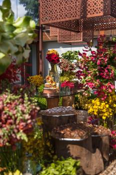 Bases de mesa Orgânicas e flores