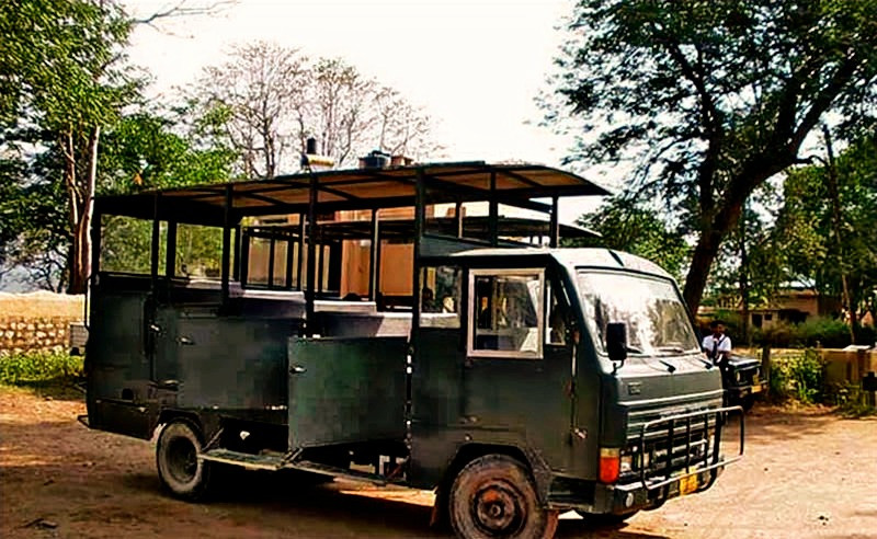 Canter, vehicle used for canter safari