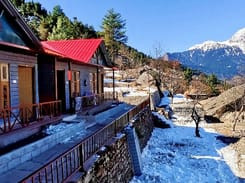 Peaceful homestay amidst snow-capped peaks