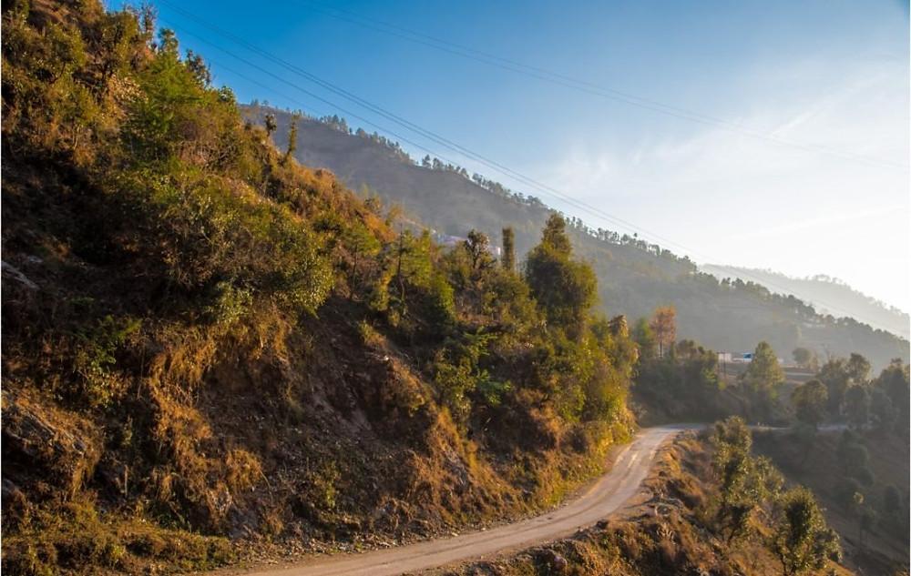 Montain roads to Sainji Village