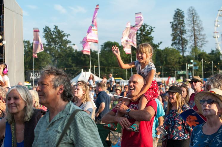 Festival Scenes