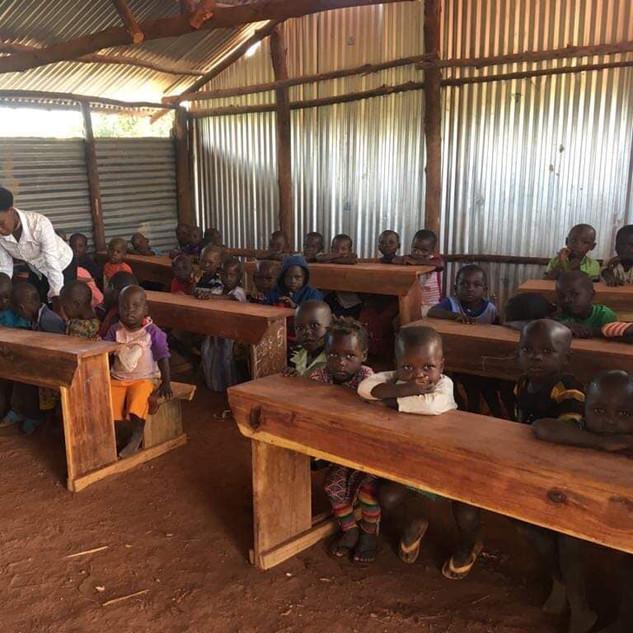Makooma school plant. Teaching going on!