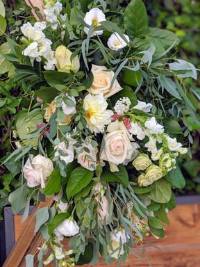 IMG_9930_Bouquet_Flowers_Greenery.JPG.jp