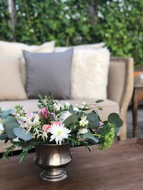 IMG_3498_Bouquet_Flowers_Greenery_lounge