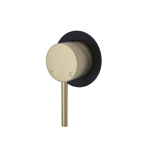 KAYA Wall Mixer, Urban Brass, Small Round Matte Black Plate