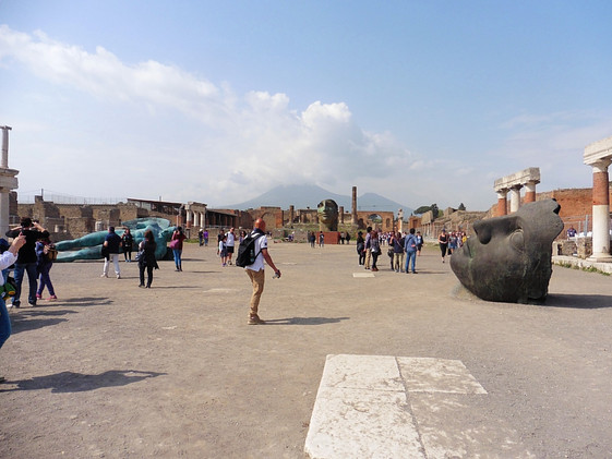 Pompeii; The Lost City