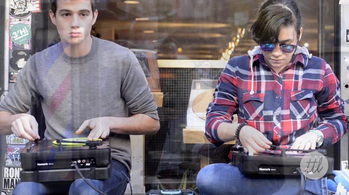 DJ Dwells + Perly on Numark PT01 Live Scratch Session at Turntable Lab