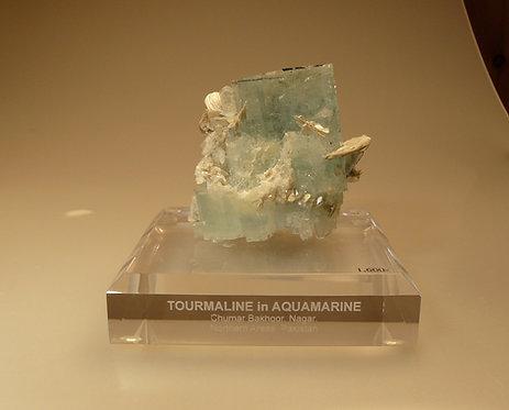 Aquamarine, Muscovite, Tourmaline