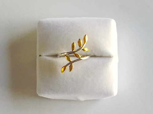 Flourish Ring