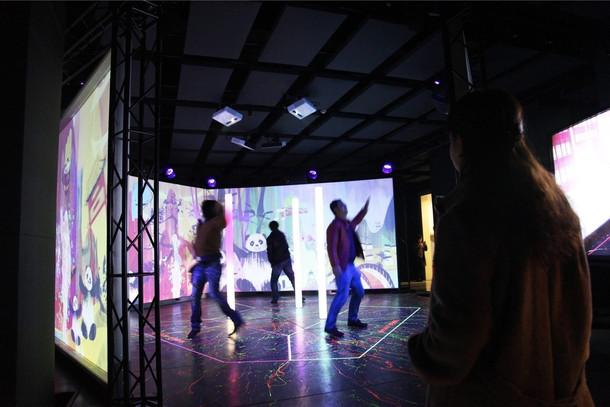 Magic box audio-visual interactive installation