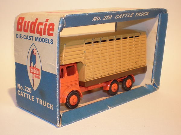 Budgie ~No.220 Cattle Truck
