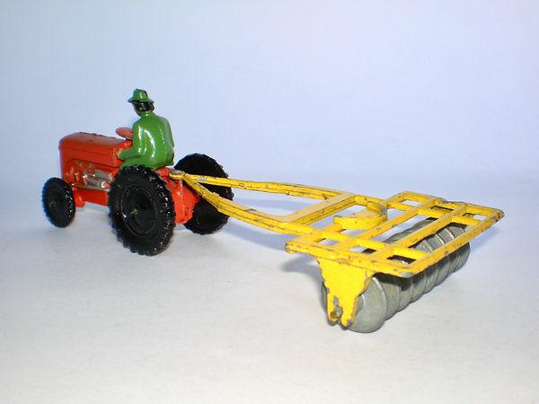 Benbros Qualitoy Tractor & Disc Harrow