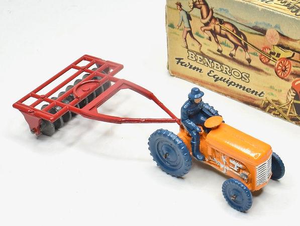 Benbros Qualitoys Tractor & Disc Harrow