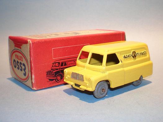Morestone Esso Petrol Pump Series AA Bedford Van (umw)